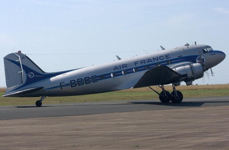 C-47 SKYTRAIN /DOUGLAS DC-3 Chatea67