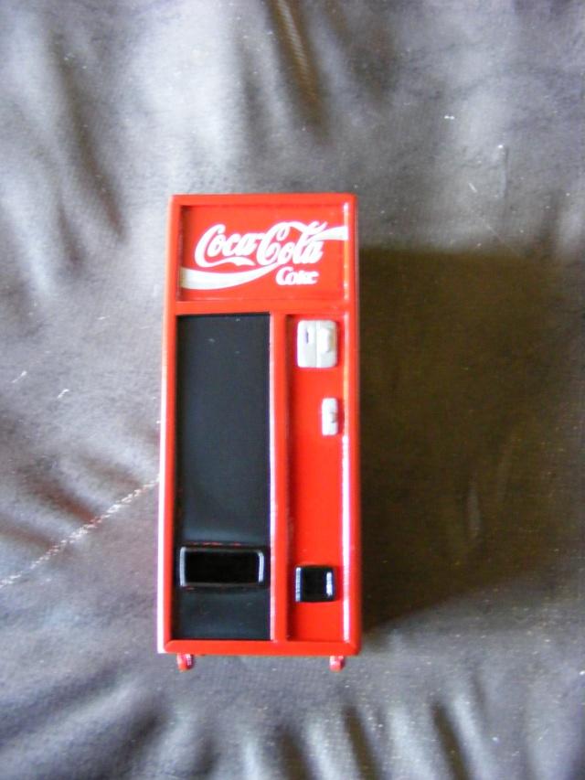 Distributeur de coca Coca1410