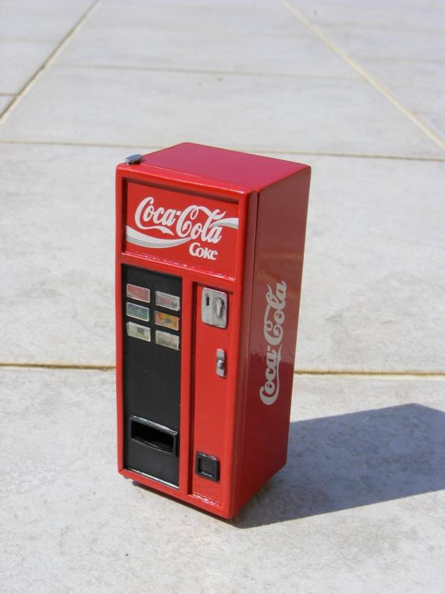 Distributeur de coca Cola1910