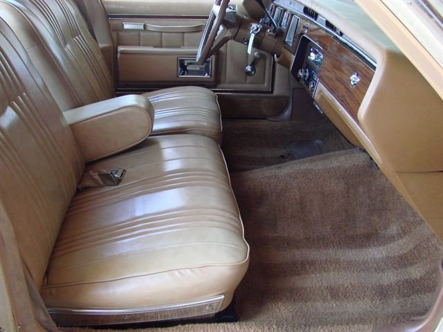 Seats and door panels for 1977 caprice 4610