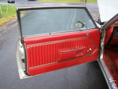 Seats and door panels for 1977 caprice 4d71_110
