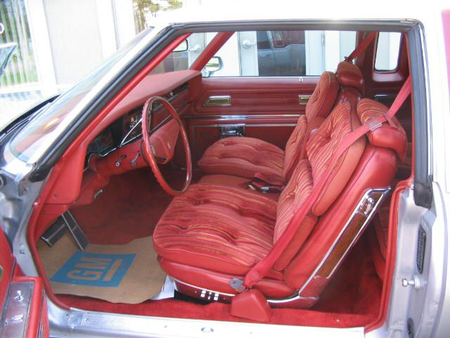 Seats and door panels for 1977 caprice D704_410