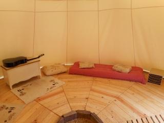 Installation d'un tipi de ø 5,50 mètres Tipi_i14