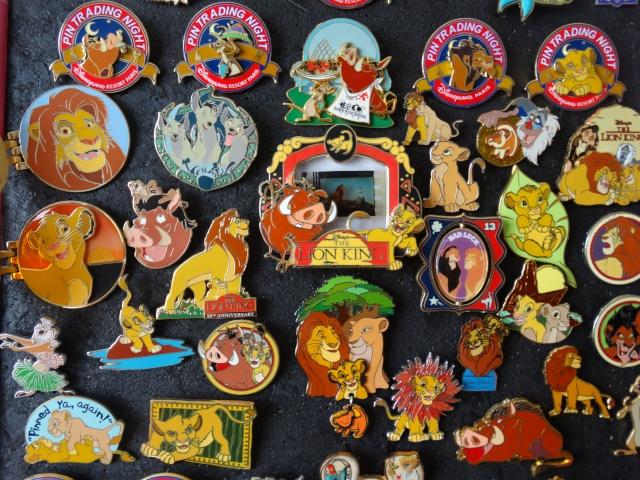 Le Pin Trading à Disneyland Paris - Page 6 Dsc01313