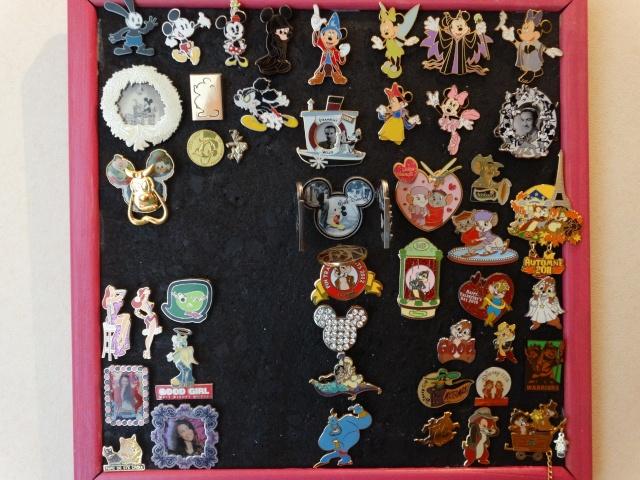 Le Pin Trading à Disneyland Paris - Page 6 Dsc01320