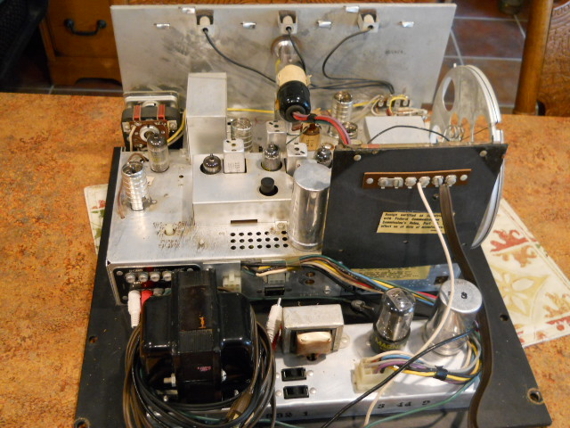 Restoration of a Magnavox Concert Grand model 1ST800F - Page 5 00111