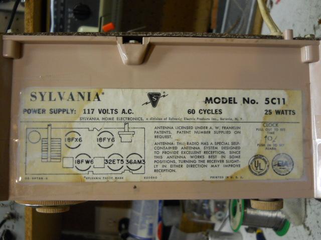 Sylvania clock radio model 5C11 00411