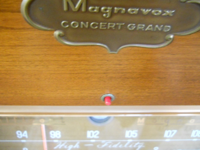 Restoration of a Magnavox Concert Grand model 1ST800F - Page 5 00611
