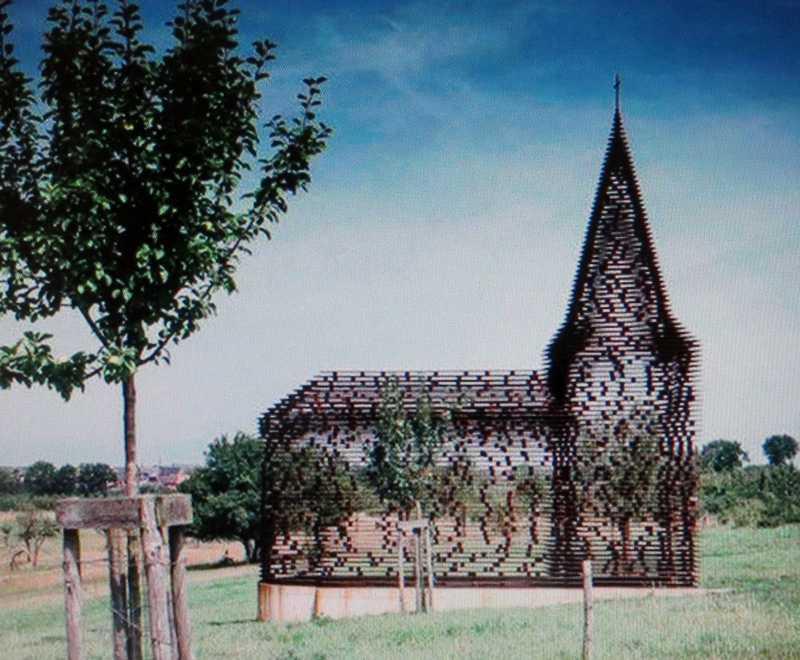 une église unique au monde Img_3912