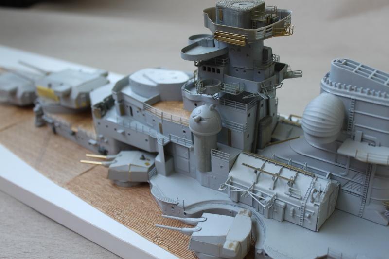 Vom Fahr-zum Standmodell - Amati Bismarck Img_2942