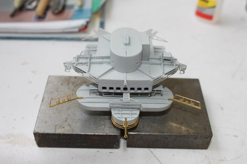 Vom Fahr-zum Standmodell - Amati Bismarck Img_2955