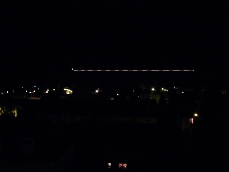 2015: le 25/08 à 21h55 - Lumière étrange dans le ciel  -  Ovnis à Fontainebleau - Seine-et-Marne (dép.77) 68114010