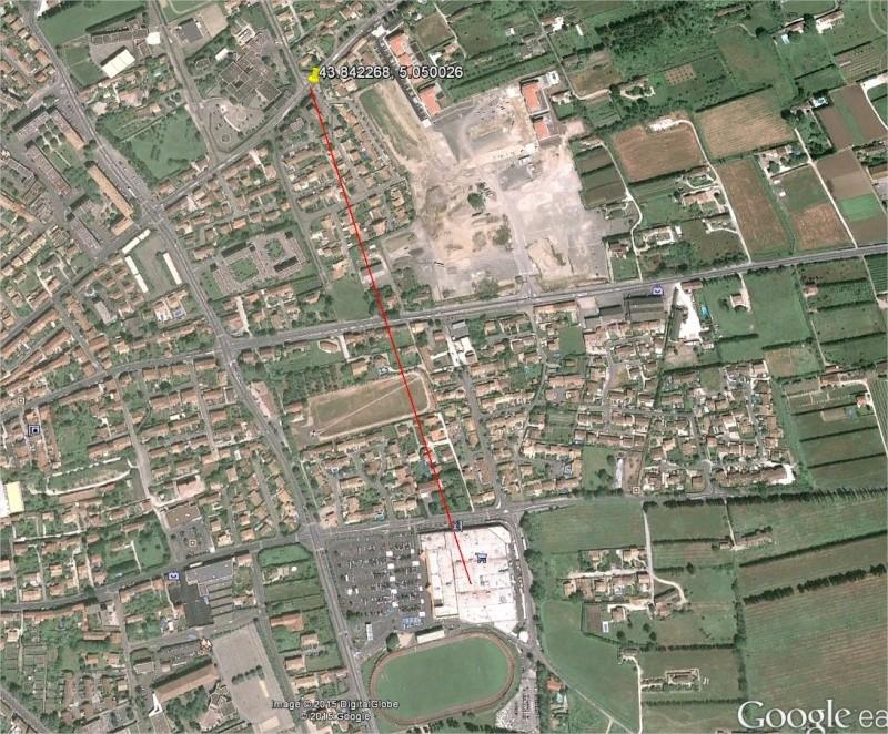 2015: le 01/07 à 22h15 - Lumière étrange dans le ciel  -  Ovnis à cavaillon - Vaucluse (dép.84) Cavail10