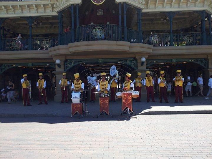 Disney's Stars 'n' Cars : dernière le 4 juillet 2015 - Page 3 Fb_20110