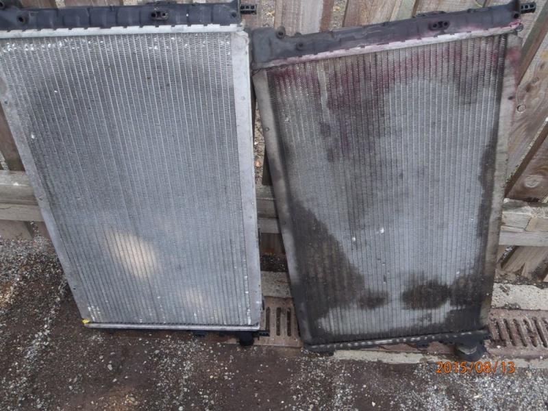 Remplacement du radiateur de refroidissement sur S2 2.5 TD. P8130010
