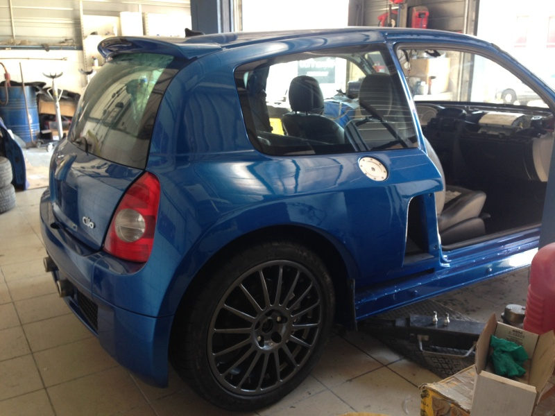 clio V6 - Page 5 Img_2416