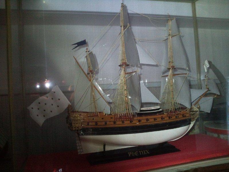 LE PHENIX, vaisseau au 1/150e par pascal 94 - Heller 19345810
