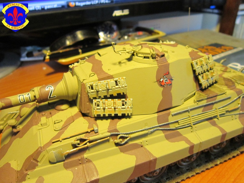 Sd.Kfz.182 King Tiger à tourelle Henschel de Dragon au 1/35e par pascal 72 5015