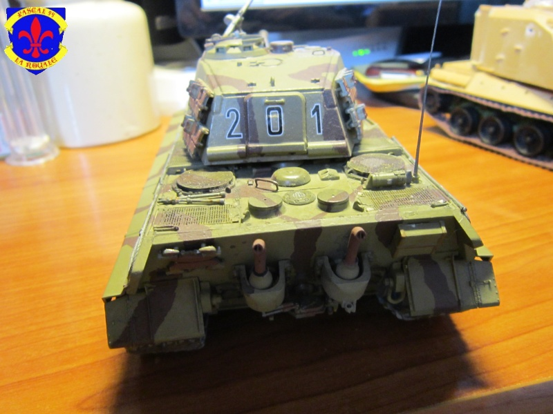 Sd.Kfz.182 King Tiger à tourelle Henschel de Dragon au 1/35e par pascal 72 5215