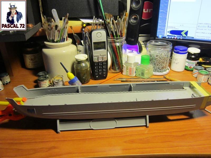 U.S. Navy Landing Ship Médium (Early) au 1/144 par pascal 72 de Revell Img_4028
