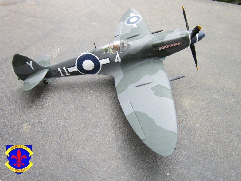 Supermarine Seafire F MK. XV de Revell au 1/48° Img_4103