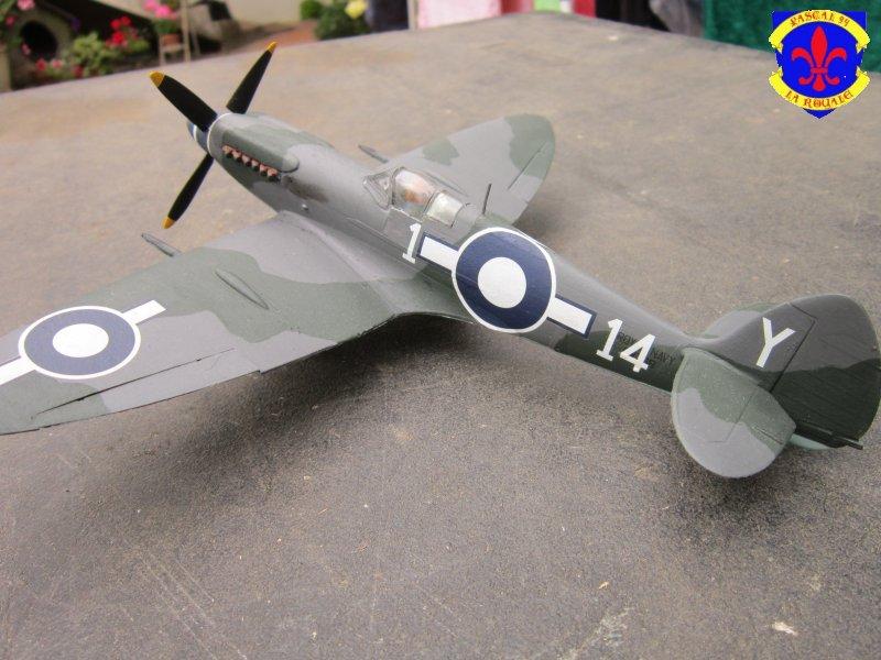 Supermarine Seafire F MK. XV de Revell au 1/48° Img_4104