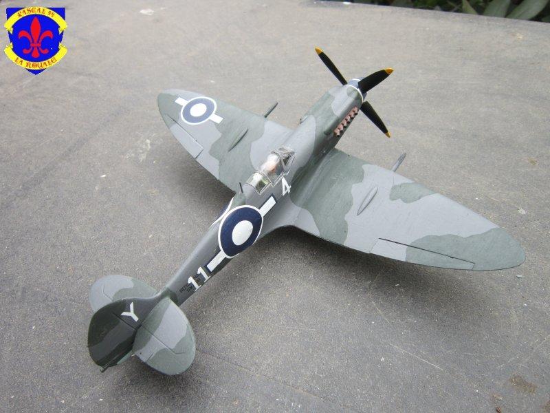 Supermarine Seafire F MK. XV de Revell au 1/48° Img_4107