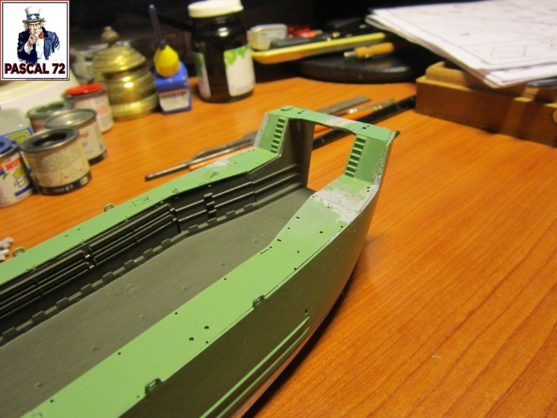 U.S. Navy Landing Ship Médium (Early) au 1/144 par pascal 72 de Revell Img_4129