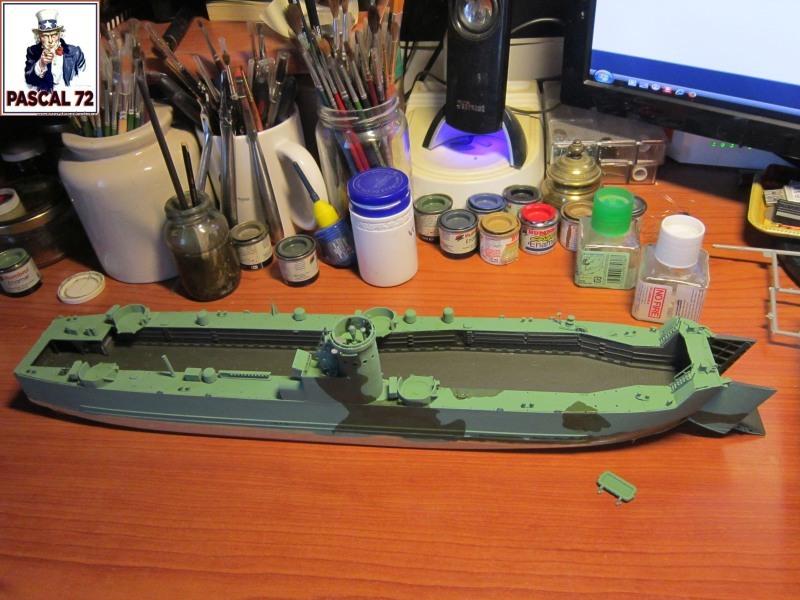 U.S. Navy Landing Ship Médium (Early) au 1/144 par pascal 72 de Revell Img_4238