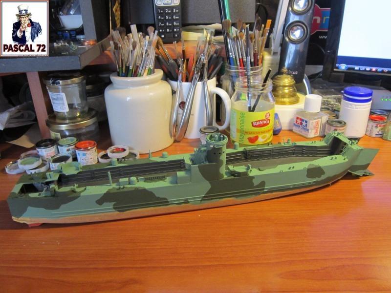 U.S. Navy Landing Ship Médium (Early) au 1/144 par pascal 72 de Revell Img_4242