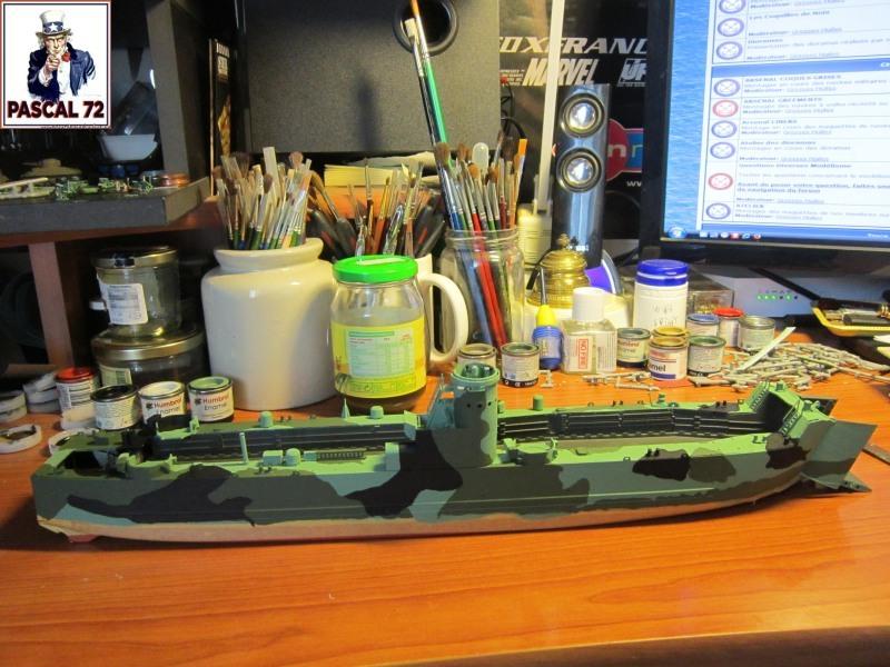U.S. Navy Landing Ship Médium (Early) au 1/144 par pascal 72 de Revell Img_4256