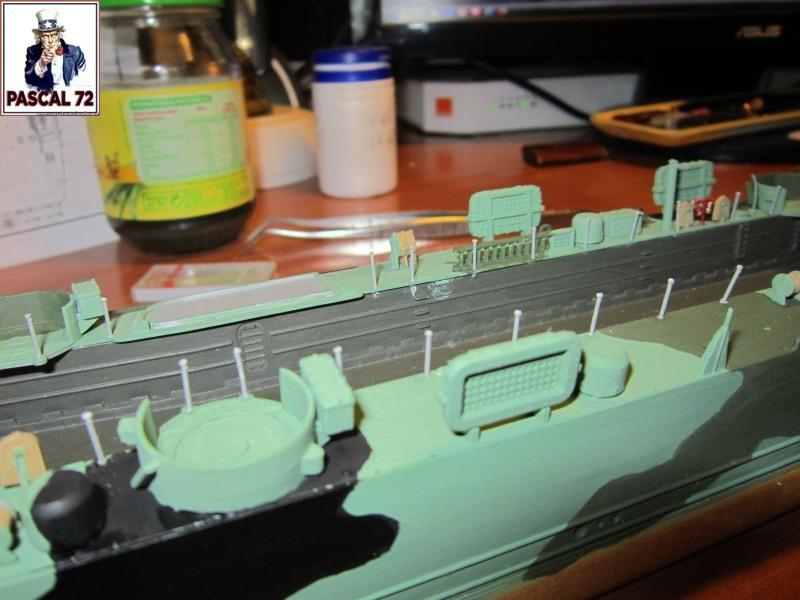 U.S. Navy Landing Ship Médium (Early) au 1/144 par pascal 72 de Revell Img_4274