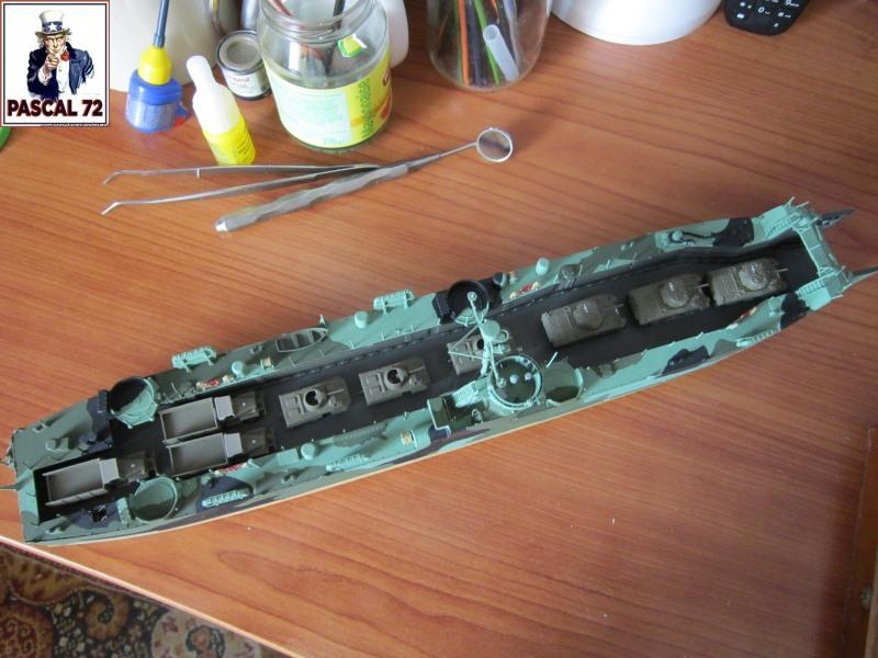 U.S. Navy Landing Ship Médium (Early) au 1/144 par pascal 72 de Revell Img_4323