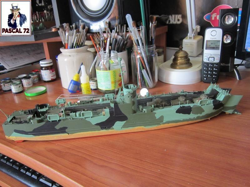 U.S. Navy Landing Ship Médium (Early) au 1/144 par pascal 72 de Revell Img_4324