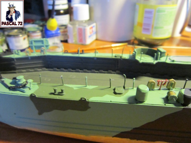 U.S. Navy Landing Ship Médium (Early) au 1/144 par pascal 72 de Revell Img_4329