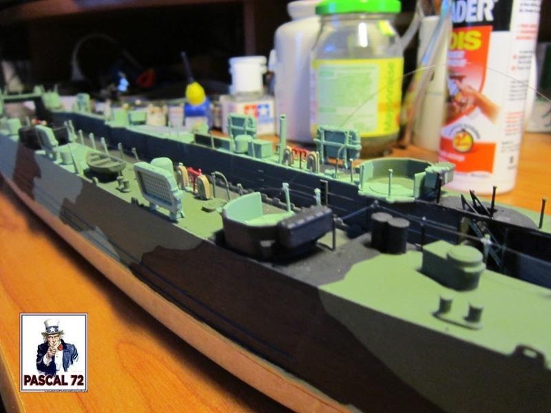 U.S. Navy Landing Ship Médium (Early) au 1/144 par pascal 72 de Revell Img_4330