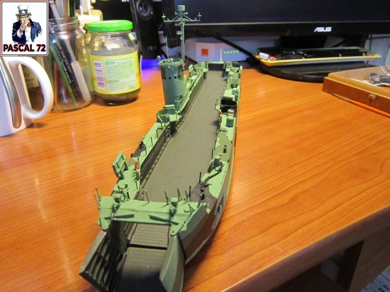 U.S. Navy Landing Ship Médium (Early) au 1/144 par pascal 72 de Revell - Page 2 Img_4331