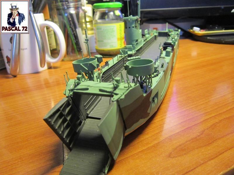 U.S. Navy Landing Ship Médium (Early) au 1/144 par pascal 72 de Revell - Page 2 Img_4335