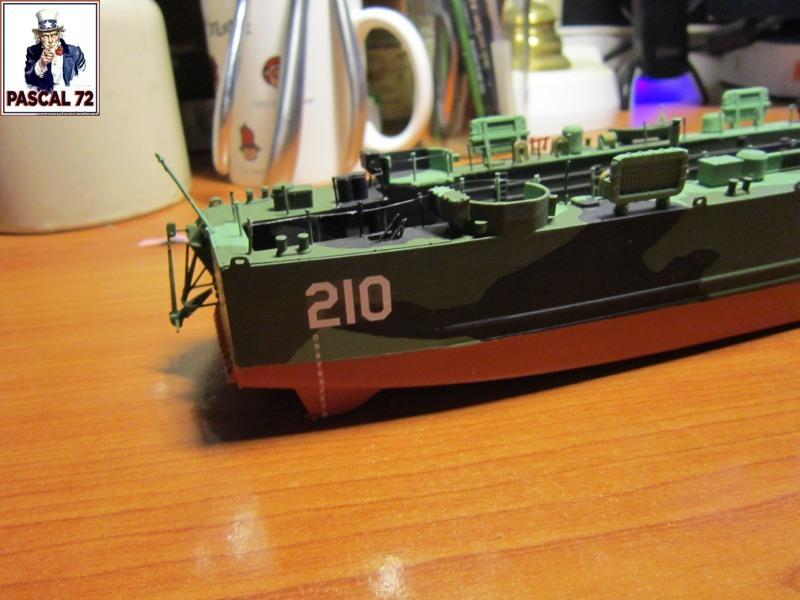 U.S. Navy Landing Ship Médium (Early) au 1/144 par pascal 72 de Revell - Page 2 Img_4338