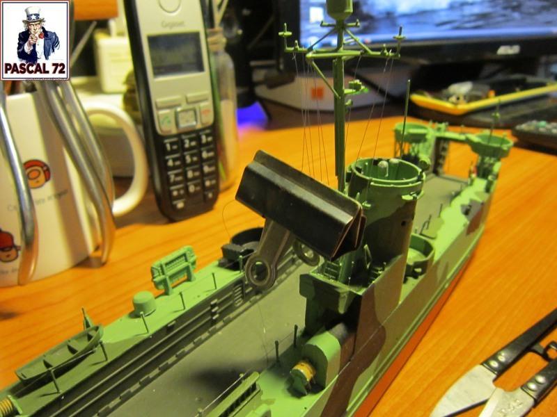 U.S. Navy Landing Ship Médium (Early) au 1/144 par pascal 72 de Revell - Page 2 Img_4340