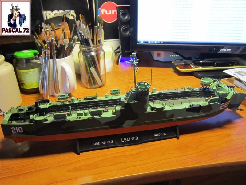 U.S. Navy Landing Ship Médium (Early) au 1/144 par pascal 72 de Revell - Page 2 Img_4342