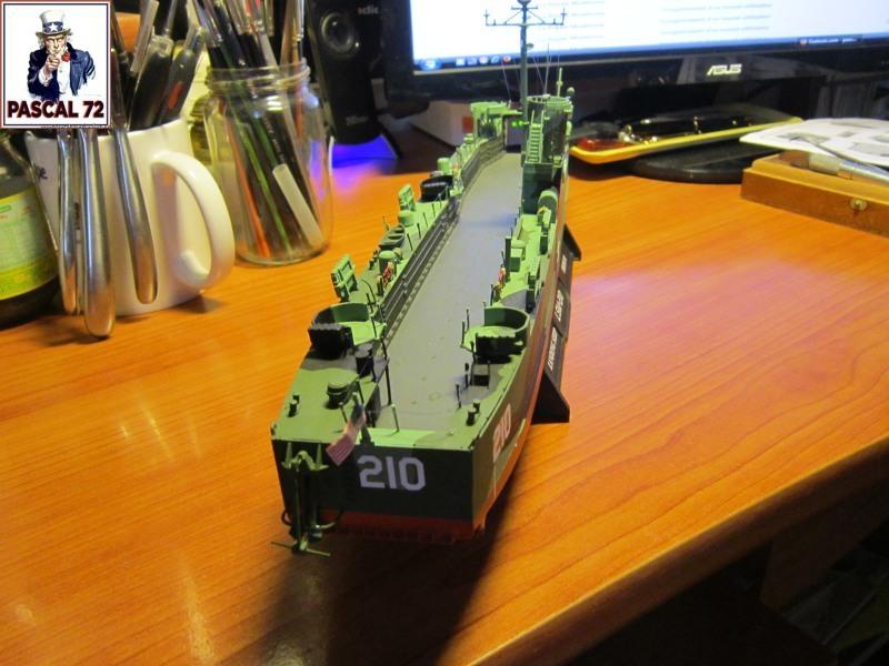 U.S. Navy Landing Ship Médium (Early) au 1/144 par pascal 72 de Revell - Page 2 Img_4343