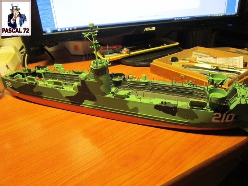 U.S. Navy Landing Ship Médium (Early) au 1/144 par pascal 72 de Revell - Page 2 Img_4349