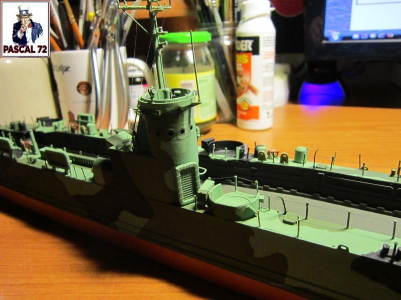 U.S. Navy Landing Ship Médium (Early) au 1/144 par pascal 72 de Revell - Page 2 Img_4350