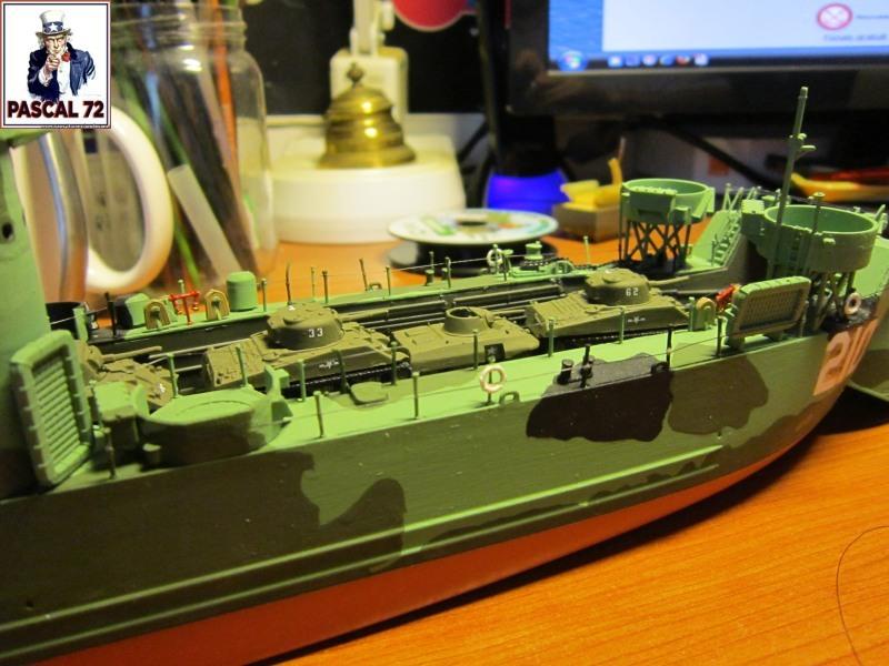U.S. Navy Landing Ship Médium (Early) au 1/144 par pascal 72 de Revell - Page 2 Img_4352