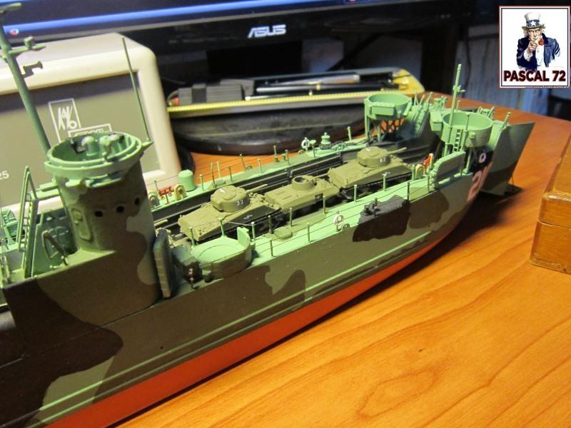 U.S. Navy Landing Ship Médium (Early) au 1/144 par pascal 72 de Revell - Page 2 Img_4357