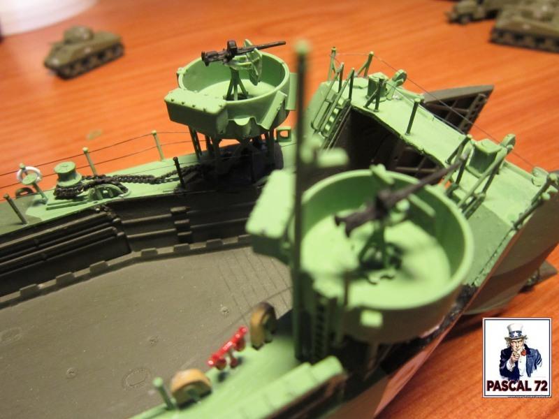 U.S. Navy Landing Ship Médium (Early) au 1/144 par pascal 72 de Revell - Page 2 Img_4410