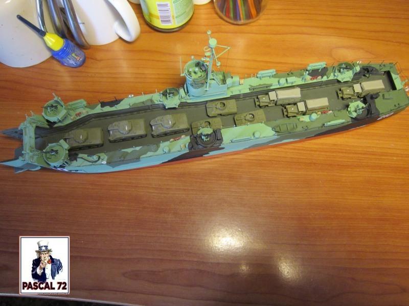 U.S. Navy Landing Ship Médium (Early) au 1/144 par pascal 72 de Revell - Page 2 Img_4425