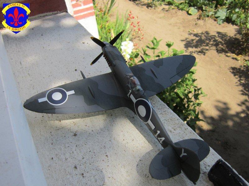 Supermarine Seafire F MK. XV de Revell au 1/48 par Pascal 94 - Page 6 Img_4979