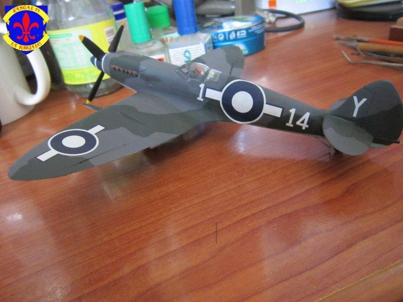 Supermarine Seafire F MK. XV de Revell au 1/48 par Pascal 94 - Page 6 Img_5112